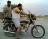 موتور سواری به سبک عربی
