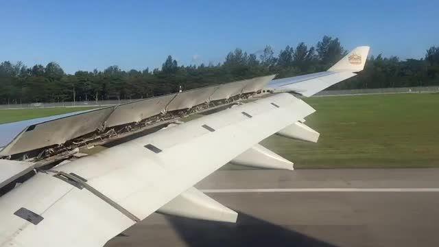 Landing at Singapore Airport
