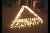 ببین با شمع چکار میکنه..