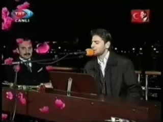 سامی یوسف- اجرای ترانه مادر در شبکه TRT ترکیه