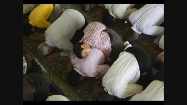 چرا نماز و روزه پدر بر پسر بزرگ تر واجب هست؟
