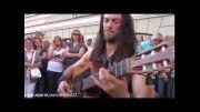 گیتار زن خیابانی