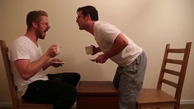 وقت چای خوردن با جری و جفری (خنده دار)
