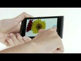 Nokia N9: Take a picture and share it