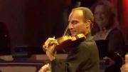 آهنگی بسیار شاد و قشنگ از کنسرت یانی در لاس وگاس ۲۰۰۶