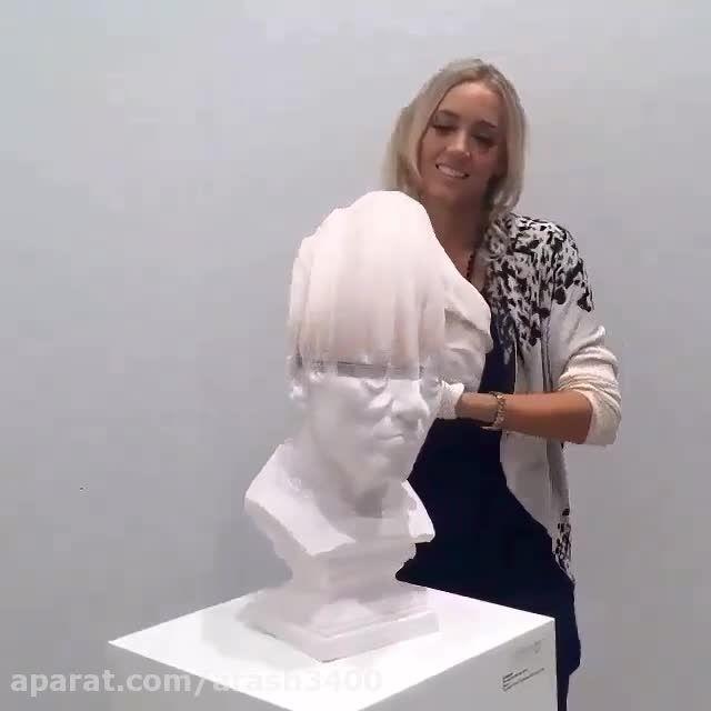مجسمه کاغذی عجیب