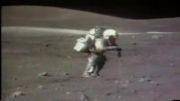 زمین خوردن فضانورد روی ماه