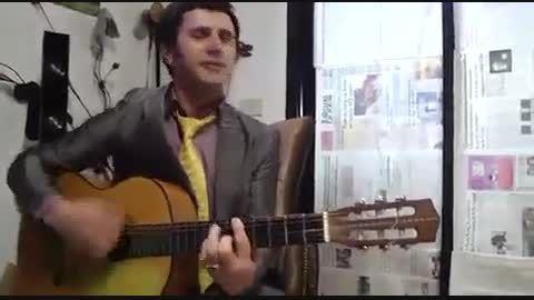 آهنگ خواندن امین حیایی