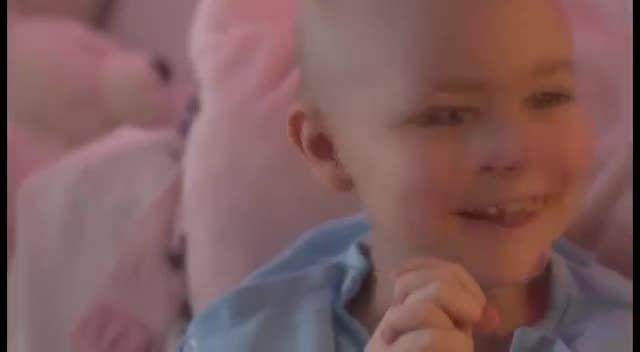 تقدیم به مرتضی پاشایی و کودکان مبتلا به سرطان