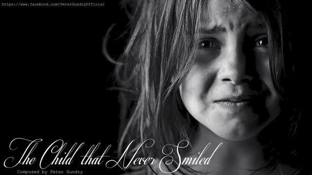 موسیقی بی کلام غمگین پیانو-کودکی که هرگز لبخند نمیزند