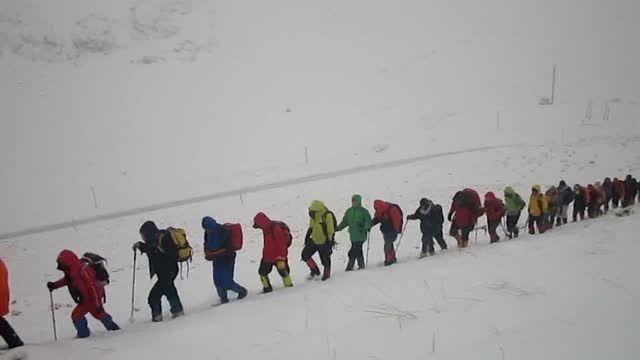 صعود سراسری کوه تسیخه (سایت شاهان کوه)