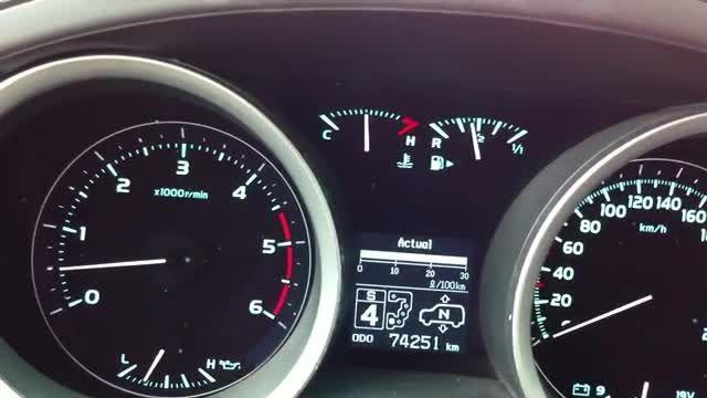 شتاب 0 تا 100 تویوتا لندکروز V8