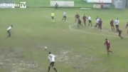 فقط حرکتو داشته باش!...گل باورنکردنی در فوتبال...