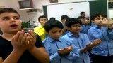 نماز جماعت دانش آموزان در کلاس(هماهنگ با قرائت آموزشی)