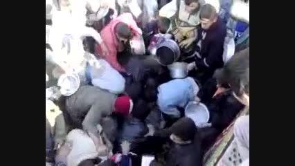 جنگ و دعوا بر سر غذای نذری در ایران