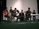 گروه تاک - اجرای آهنگ ، الهام گرفته از فاروئن جیپسی کینگز