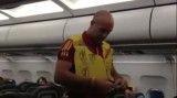 بازیکنان اسپانیا در هواپیما