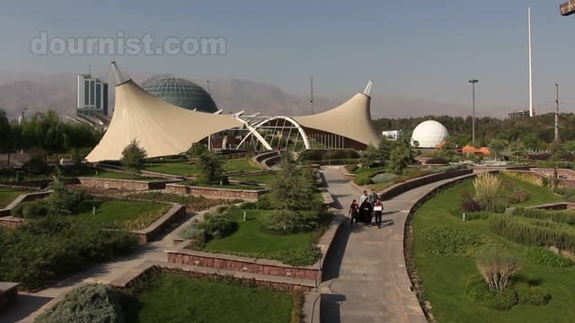 پارک آب و آتش جنب پل طبیعت تهران