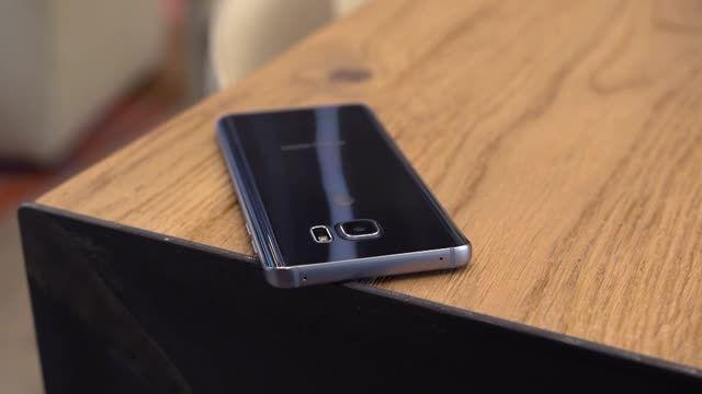 بررسی تلفن هوشمند Galaxy Note 5 زبان فارسی