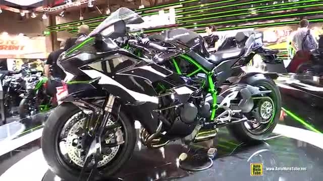 Kawasaki Ninja نمایشگاه موتور شهر میلان ایتالیا 2015