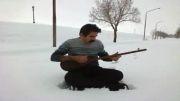 سالار فرهادی - نوازندگی تنبور و آواز در طبیعت زیبای برفی 2