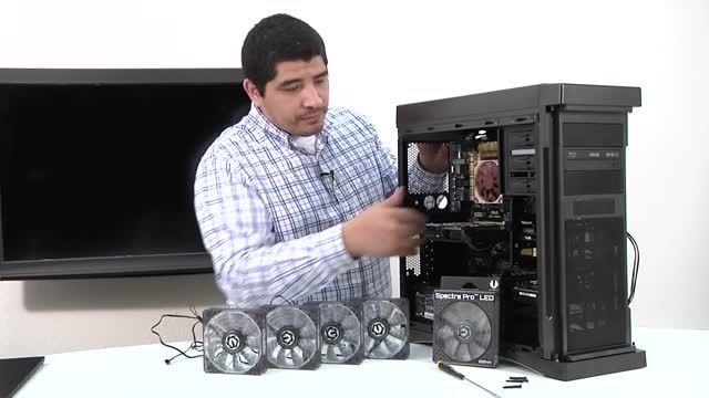 اسمبل قطعات کامپیوتر - نصب فن کیس