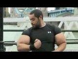 دور بازوی ۷۸ سانتیمتری این مرد مصری رکورد گینس را شکست