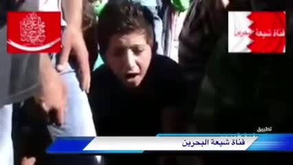 سوگواری کودک سوری بر مزار شهیدان