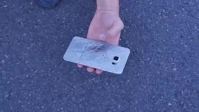 مقایسه تست سقوط گوشی بین گلکسی اس 6 پلاس و ایفون 6 پلاس