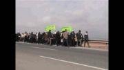 کلیپ حرکت زائرین پیاده امام رضا ع - حامد زمانی و هلالی