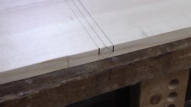 Learn how to make a Wooden Book Stand from a single