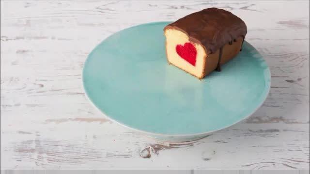 طرز تهیه ی یک کیک خوشگل وخوشمزه (نبینید از دستش دادید)