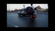 تک چرخ سه نفره در اتوبان با موتور سنگین هندا