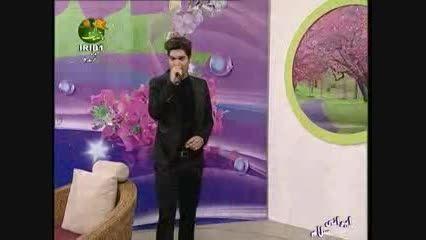 علی نجاری،اجرای آهنگ انتظار(نیمه شعبان 1393)
