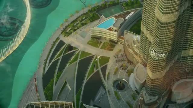 پرش از بالاترین نقطه برج خلیفه دبی