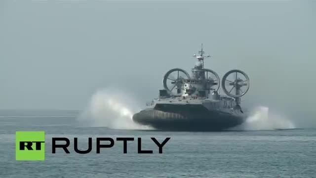 بزرگترین هاورکرافت جهان در مانور نظامی ارتش روسیه