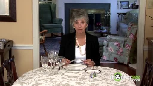 استفاده از لوازم میز غذا خوری