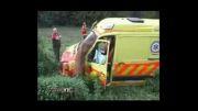 تصادف آمبولانس باآهوی بخت برگشته!!!