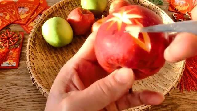 میوه آرایی ستاره روی سیب