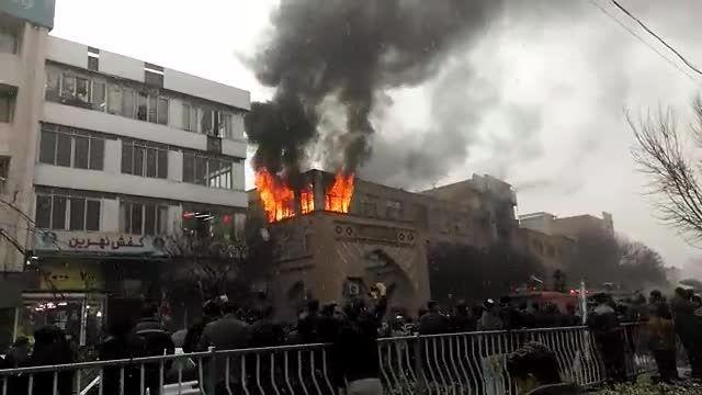 آتش سوزی در بازار تبریز/ بازهم مغازه کفاشی طعمه حریق شد
