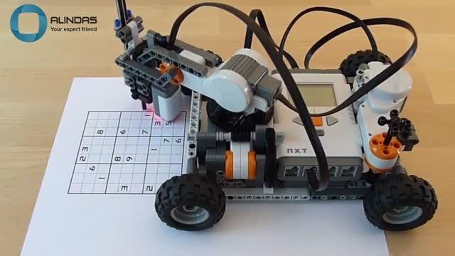 حل معمای سودوکو توسط ربات هوشمند