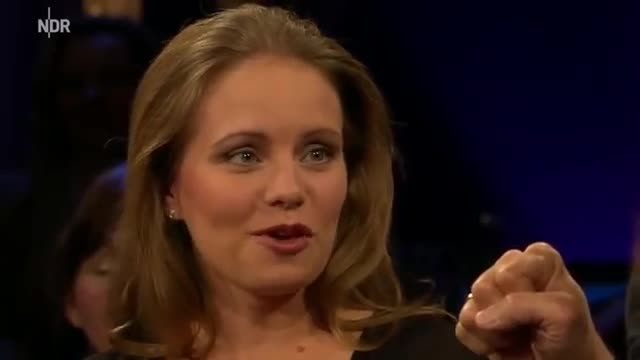 Julia Fischer and David Garrett in the NDR Talk Show