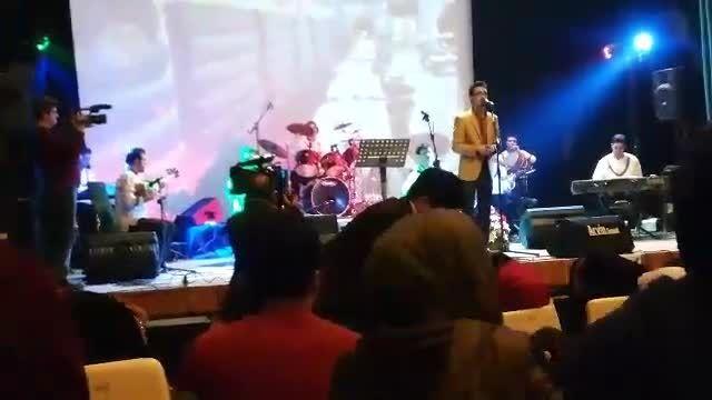 آهنگ ساری گلین علی باقری کنسرت گروه موسیقی آیلار زنگان