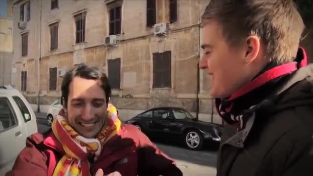 تقابل و همراهی جالب هوادار رم و فاینورد(قسمت اول-رم)