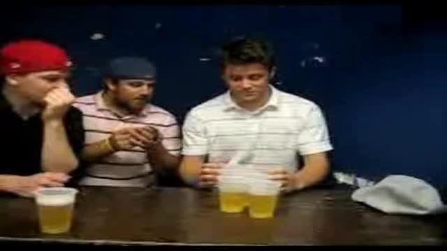 خوردن ۶ لیوان نوشیدنی در ۱۰ ثانیه !!