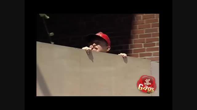 دوربین مخفی شکستن شیشه - Motefavetha.com
