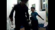 مسابقه رقص یه پسر 5ساله با یه پسر 25 ساله