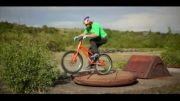 کلیپی زیبا از مهارت دوچرخه سواری