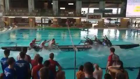 عجیب ترین مسابقه کشتی رانی واقعا دیدنی