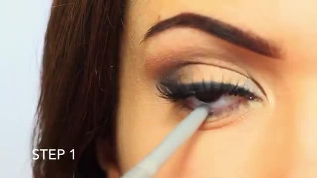 آموزش آرایش چشم: سایه زیر چشم دودی
